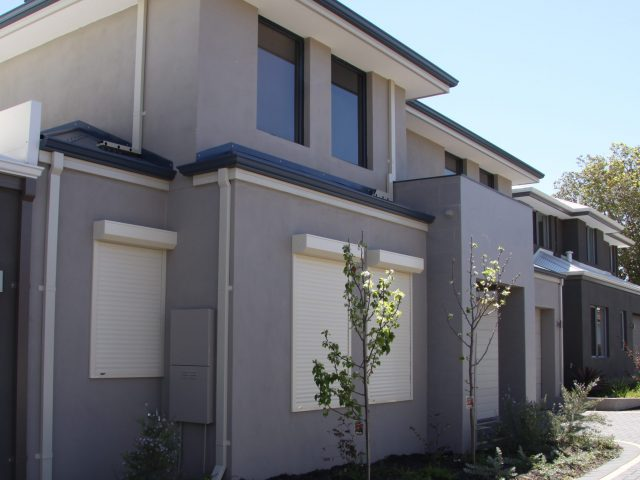 https://www.westcoastblindswa.com/wp-content/uploads/2020/01/Roller-Shutters-4-scaled-e1579141749976-640x480.jpg